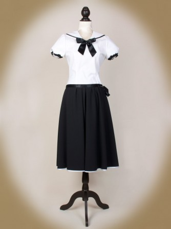 Boarding Schoolgirl Bluse front