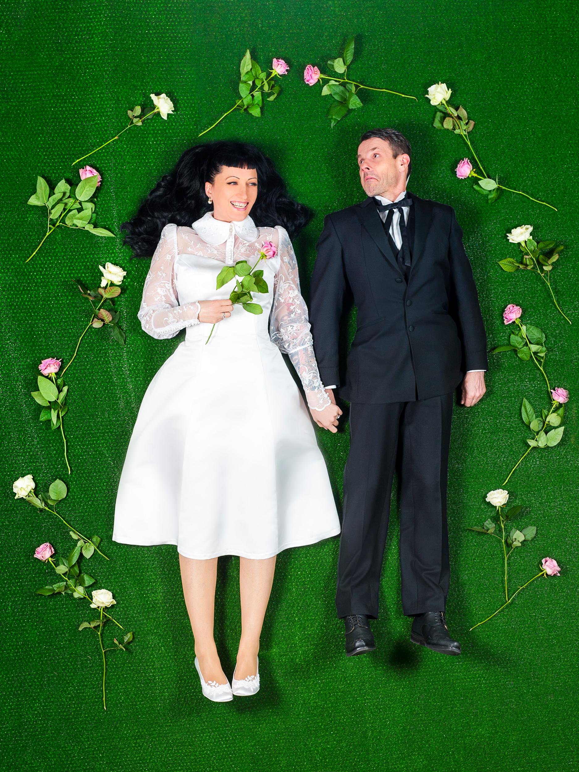"""Maßgeschneidertes Brautkleid """"Valena""""  im 60er Jahre Stil"""